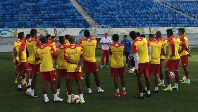 Roberto Fernandes - técnico do América-RN (Foto: Canindé Pereira/Divulgação)