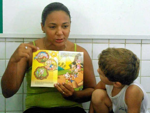 Laellya Pinheiro foi incentivada pela avó a ler (Foto: Arquivo pessoal/Laellya Pinheiro)