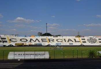 Estádio Palma Travassos, do Comercial (Foto: Luan Amaral)