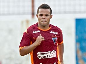 Romarinho, atacante do Fortaleza (Foto: Bruno Gomes/Agência Diário)