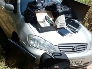 Automóvel recuperado em Divinópolis havia sido furtado em Itapecerica (Foto: PM/Divulgação)