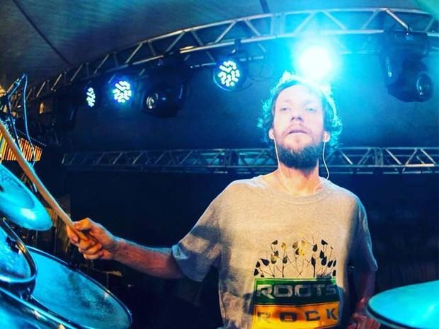 Lucas Kastrup, baterista e compositor da banda Ponto de Equilíbrio (Foto: Divulgação)