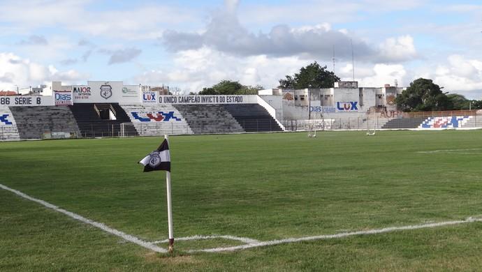 Estádio Presidente Vargas (Foto: Daniel Gomes)
