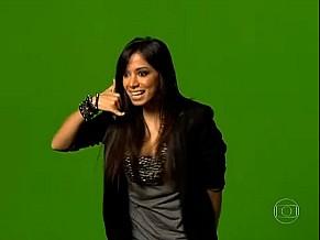 Anitta nas gravações da campanha do criança esperança. Matéria no Fantástico (Foto: Reprodução de TV)