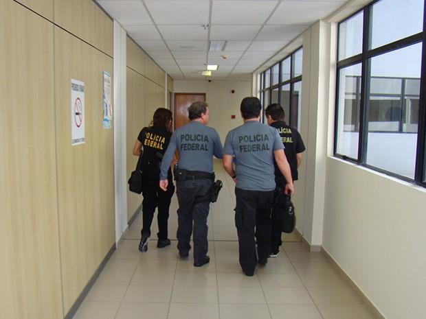 Foram expedidos 4 mandados de busca e apreensão em empresas e endereços residenciais (Foto: Divulgação/Polícia Rodoviária Federal do RN)
