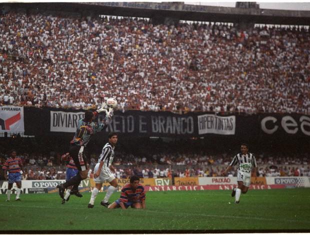 Ceará x Fortaleza pelo Campeonato Cearense de 1996 (Foto: Stênio Saraiva/Agência Diário)