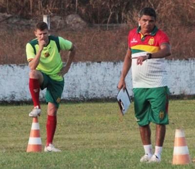 Jonas deve ser a única mudança do técnico Flávio Araújo (Foto: Divulgação/Site do Sampaio)