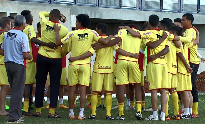 Pinho, técnico da Inter de Bebedouro (Foto: Fábio Jr. / EPTV)