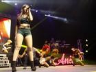 Anitta faz show para crianças no Rio