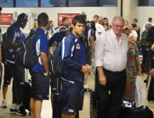 Jogadores Cruzeiro Desembarque (Foto: Mauricio Paulucci)