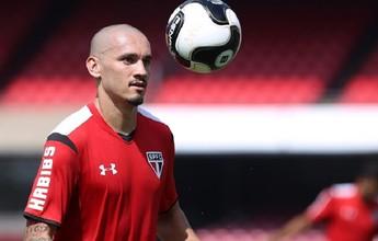 Maicon aponta desejo de ver seu contrato no São Paulo prolongado