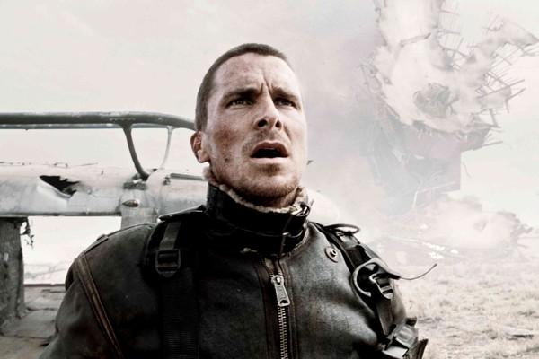 O ator Christian Bale em cena de O Exterminador do Futuro: Salvação (Foto: Reprodução)