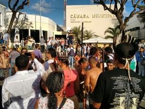 Tumulto na Câmara Municipal de João Pessoa durante visita de Bolsonaro (Foto: Felipe Ramos/G1)