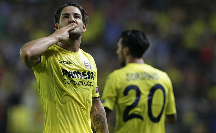 Villarreal alexandre pato jogando