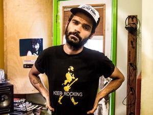 Músico Maicon Charles foi visto pela última vez no bairro do Rio Vermelho (Foto: Reprodução/Facebook)