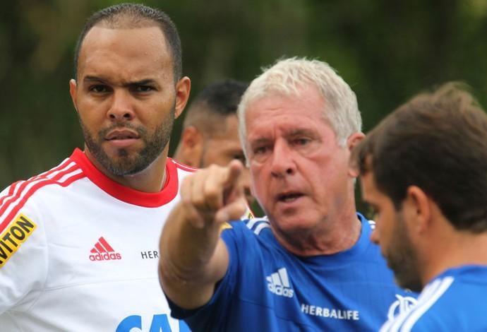 Alecsandro Flamengo treino (Foto: Gilvan Souza/Flamengo)