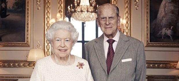 Rainha Elizabeth e Philip (Foto: Matt Holyoak/Camera Press)