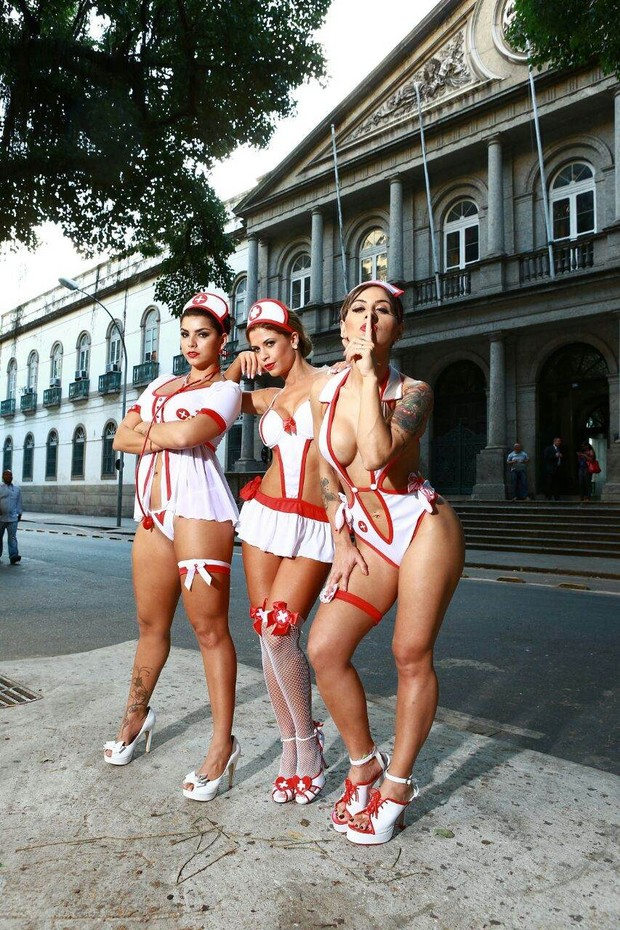 Bianca Leão, Cacau Colucci e Vanessa Mesquita posam para marca de lingerie (Foto: Divulgação)