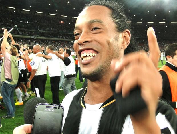 Ronaldinho Gaucho Treino Atlético-MG (Foto: Léo Simonini)