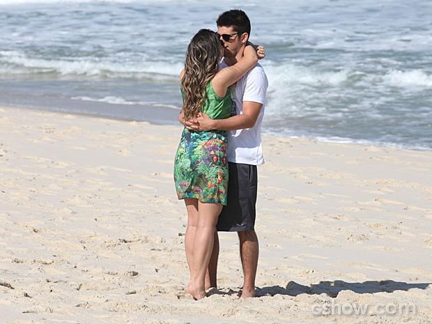 Bárbara e André terão um final feliz (Foto: Pedro Curi/TV Globo)
