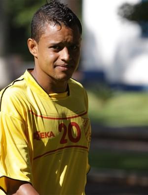 Thiaguinho, jogador Batatais (Foto: Rogério Moroti)