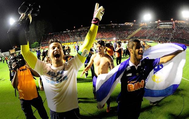 Carrossel Fábio comemoração Cruzeiro contra o vitória (Foto: Marcos Ribolli)