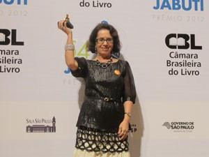 A autora Setella Maris Rezende, ganhadora do livro do ano de ficção no Jabuti 2012  (Foto: Cauê Muraro/G1)