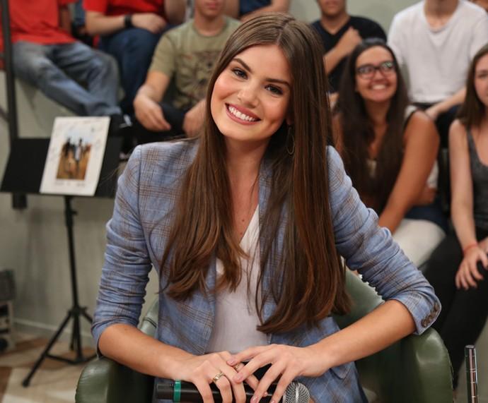 Camila Queiroz participa da gravação do Altas Horas (Foto: Carol Caminha/Gshow)