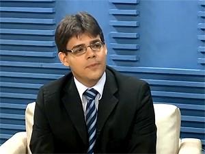 72acf16c3 Economista dá dicas de como ganhar dinheiro com franquia no Piauí (Foto:  Reprodução TV