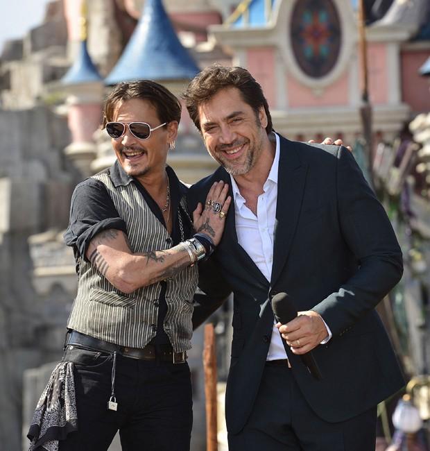 Johnny Depp e Javier Bardem (Foto: Divulgação)
