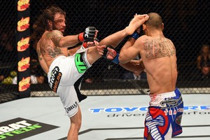 Clay Guida x Robbie Peralta  UFC Fight Night (Foto: Josh Hedges / Getty Images)