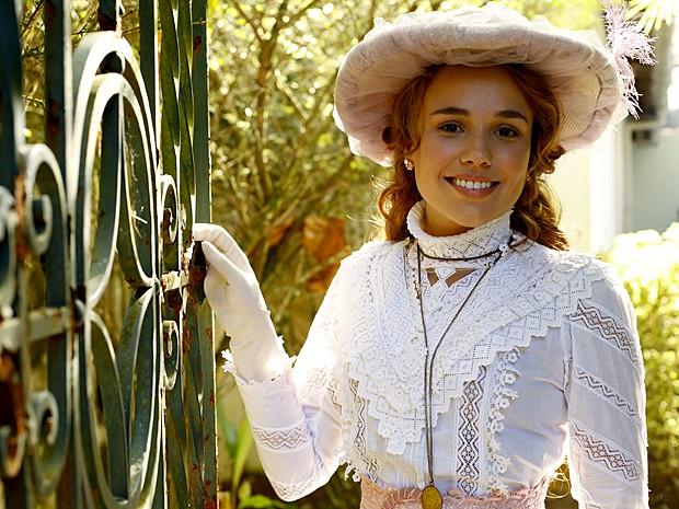 Juliane Araújo começou a atuar aos oito anos de idade (Foto: Lado a Lado / TV Globo)