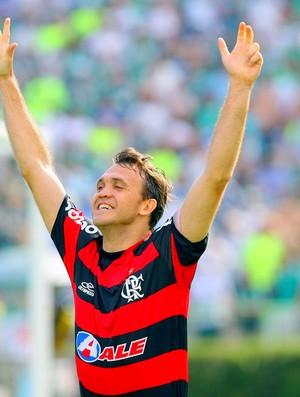 Petkovic volta ao Flamengo para jogar no futebol 7 (Foto: Divulgação)