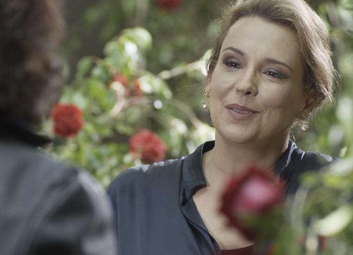 Empresária fica supresa ao encontrar Bernardo na gruta (Foto: TV Globo)
