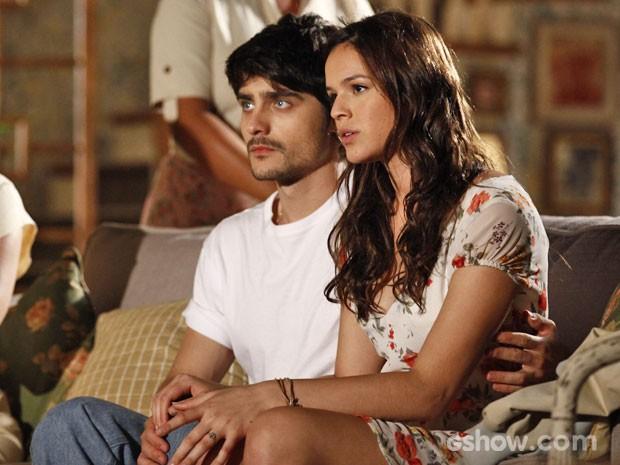 Helena e Laerte contam que terão um filho (Foto: Inácio Moraes / TV Globo)