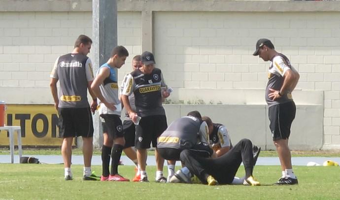 Helton Leite treino Botafogo (Foto: Fred Huber)