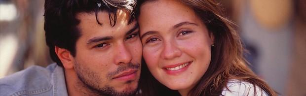 Leonardo Pontes (Maurício Mattar) e Marina Batista (Adriana Esteves) em 'Pedra sobre pedra' (Foto: Divulgação/TV Globo)