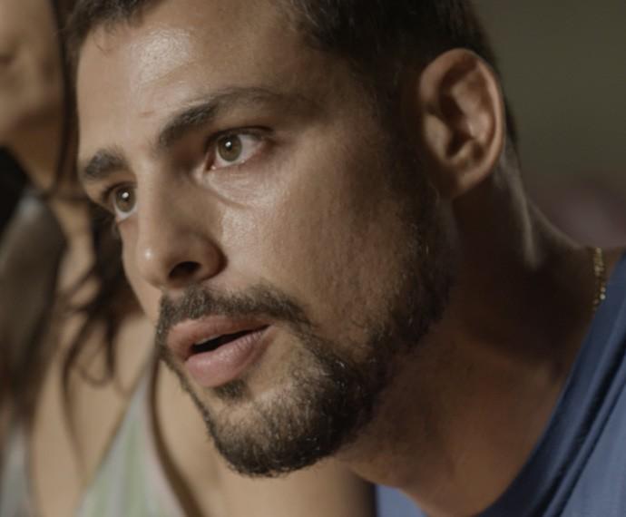 Juliano desconfia da boa vontade do ex-vereador (Foto: TV Globo)