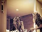Bruno Gagliasso fotografa Giovanna Ewbank escovando os dentes