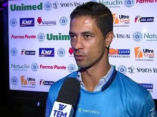 Ricardo Bueno atacante do São Bento (Foto: Reprodução / TV TEM)