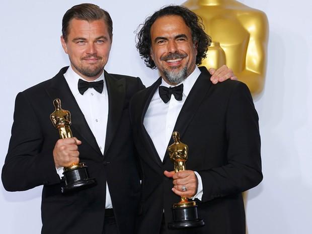 Leonardo DiCaprio foi o melhor ator e o diretor Alejandro Gonzáles Iñárritu o melhor diretor, ambos por 'O regresso' (Foto: REUTERS/Mike Blake)