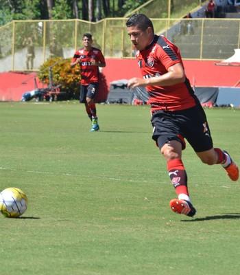 diego renan; diego renan vitória; vitória x chapecoense (Foto: Francisco Galvão/ECV/Divulgação)