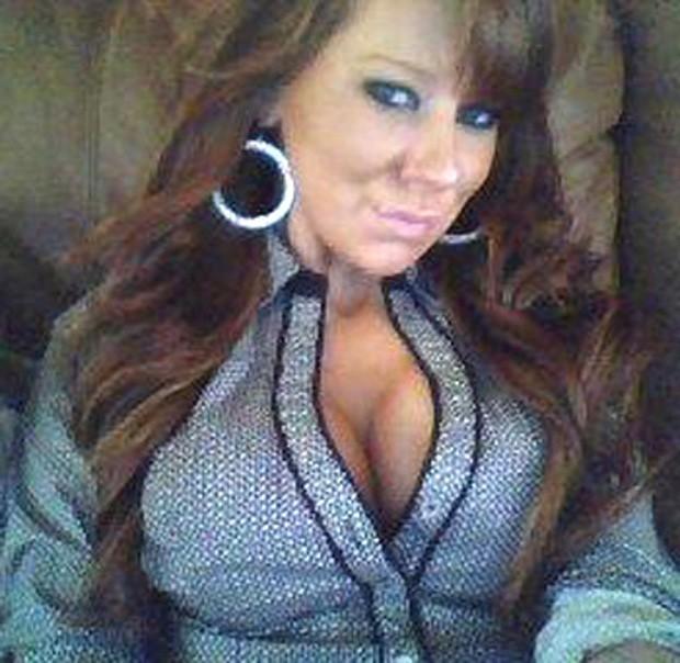 Samantha Kurdilla 'confessou' que estava carregando drogas em mensagem enviada pelo celular (Foto: Reprodução)