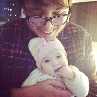 Alexandre Abrão, filho do cantor Chorão, com a filha do cantor Champion (Foto: Reprodução/Instagram)