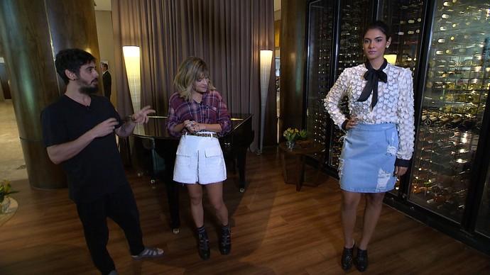 Mesma blusa é usada com outra proposta em modelo mais nova (Foto: TV Bahia)