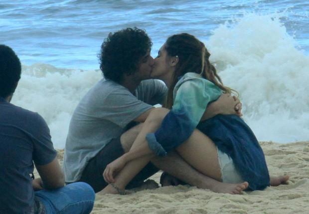Guilherme e Elisa vivem Dinho e Valentina, respectivamente (Foto: Roberto Cristino/Foto Rio News)
