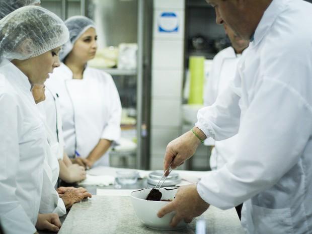 Escola pretende formar profissionais que atuem no setor de chocolates gourmet (Foto: Sandro Seewald/Divulgação)