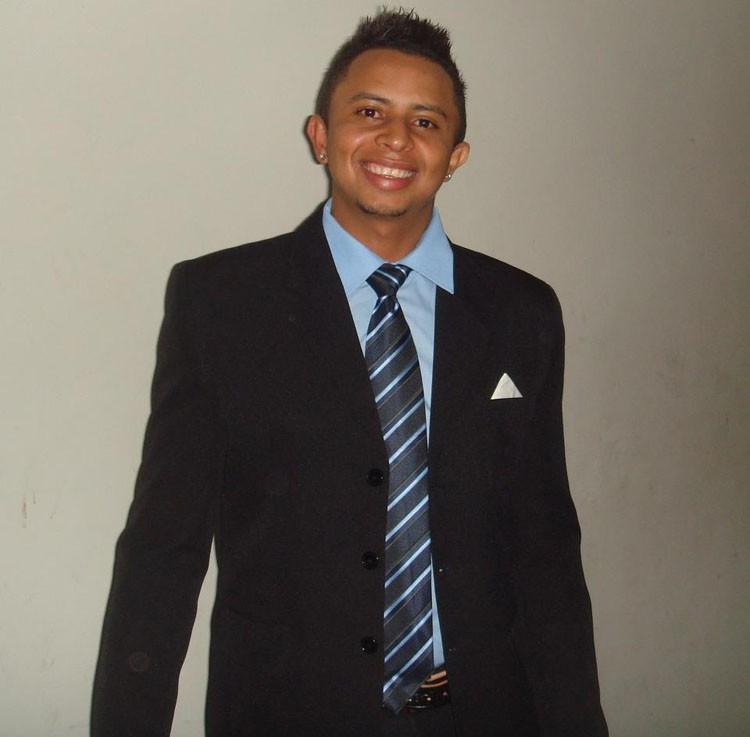 Vendedor ambulante Carlos Augusto Muniz Braga, 30 anos, (Foto: Arquivo pessoal )