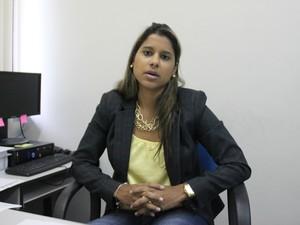 Delegada titular da Deaai destacou a relação familiar e social como fatores que influenciam ingresso de adolescentes no crime (Foto: Adneison Severiano/G1 AM)