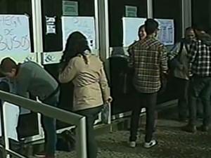 Estudantes protestaram contra aumento da tarifa em Criciúma (Foto: Reprodução RBS TV)